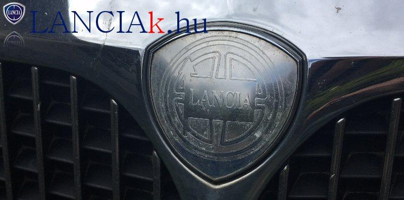Lancia Phedra első embléma csere